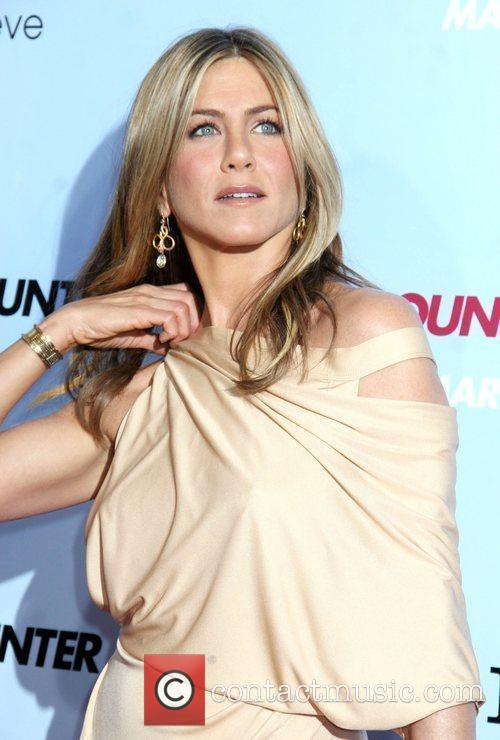 Jennifer Aniston 26