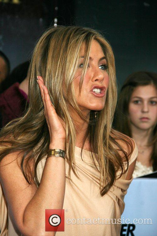 Jennifer Aniston 25