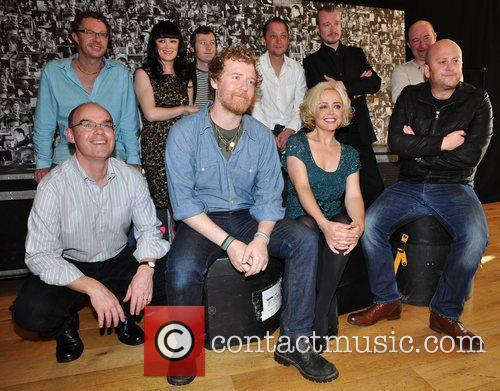 Commitments, Angeline Ball, Bronagh Gallagher and Glen Hansard 5
