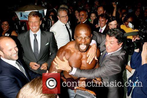 Jason Statham, Dolph Lundgren, Sylvester Stallone and Terry Crews 1