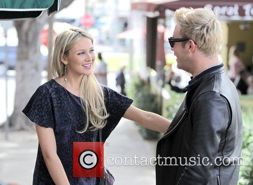Stephanie Pratt and The Coral 2