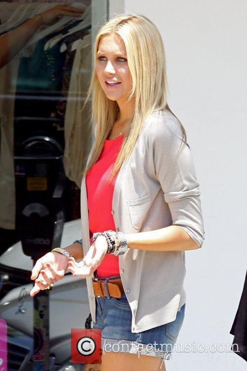 Stephanie Pratt and Mtv 7