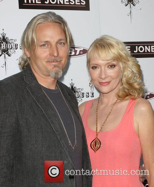 Glenne Headly and Byron Mcculloch 7
