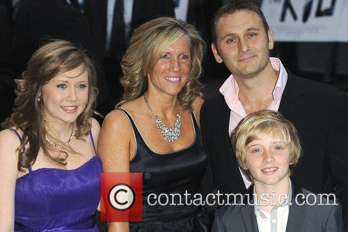 Kevin Lewis & Family  'The Kid' -...