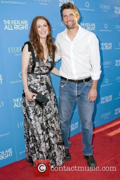 Julianne Moore and Bart Freundlich 5