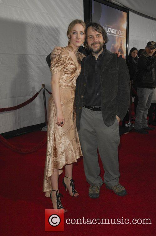 Saoirse Ronan and Peter Jackson 6