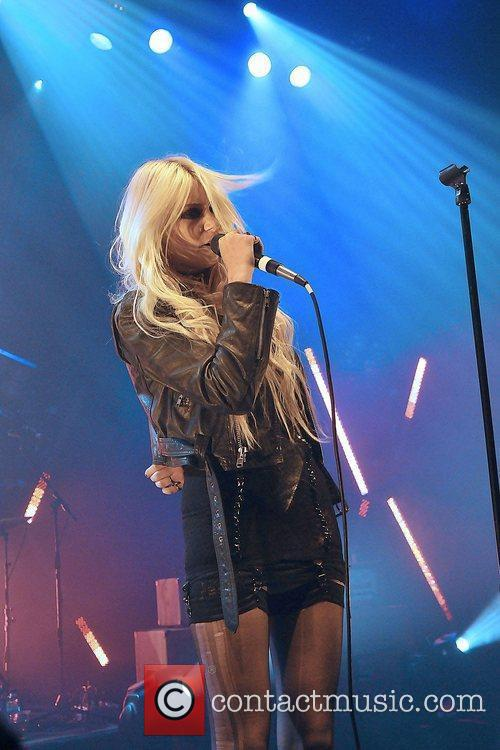 Taylor Momsen and The Pretty Reckless 17