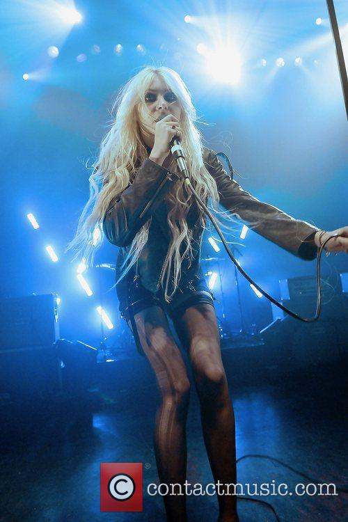 Taylor Momsen and The Pretty Reckless 15