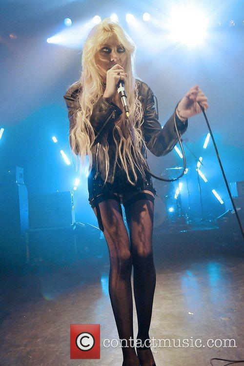 Taylor Momsen and The Pretty Reckless 12