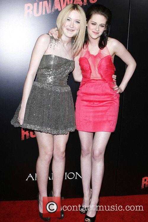 Dakota Fanning and Kristen Stewart Los Angeles Premiere...