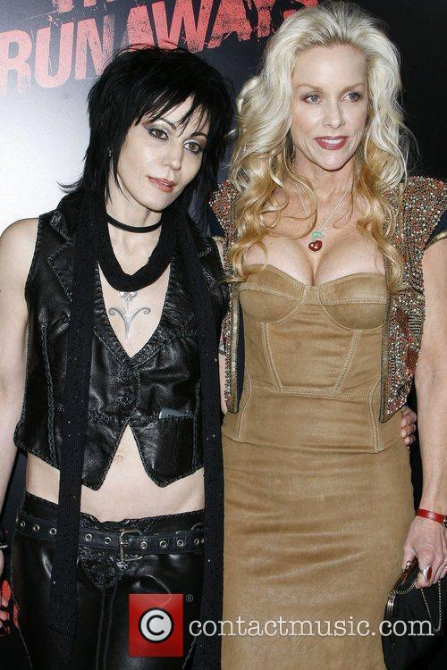 Joan Jett and Cherie Currie 2