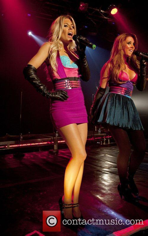 Mollie King and The Saturdays 1