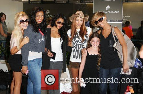Mollie King, Rochelle Wiseman, The Saturdays, Una Healy and Vanessa White 2