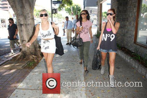 Mollie King, Rochelle Wiseman, The Saturdays and Una Healy 6