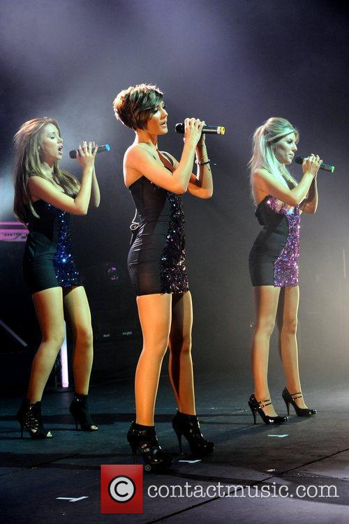 Frankie Sandford, Mollie King, The Saturdays and Una Healy 8