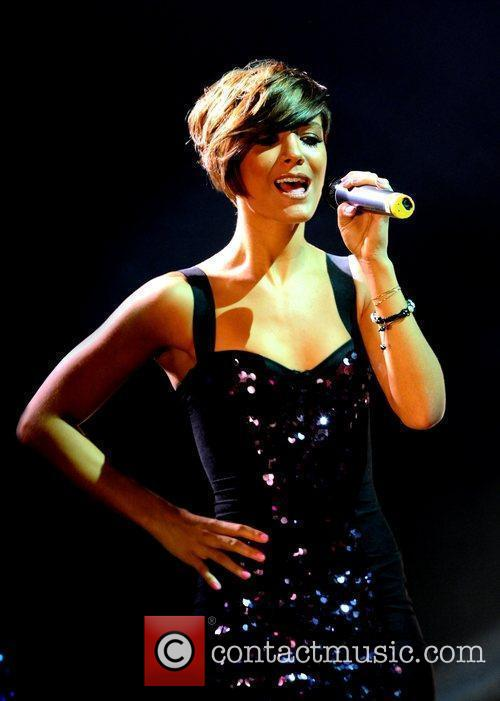Frankie Sandford and The Saturdays 7