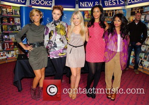 Frankie Sandford, Mollie King, Rochelle Wiseman, The Saturdays, Una Healy and Vanessa White 2