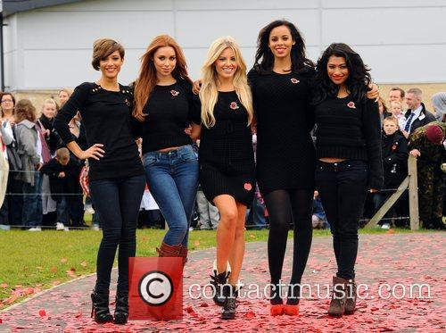 Frankie Sandford, Rochelle Wiseman, The Saturdays, Una Healy and Vanessa White 4