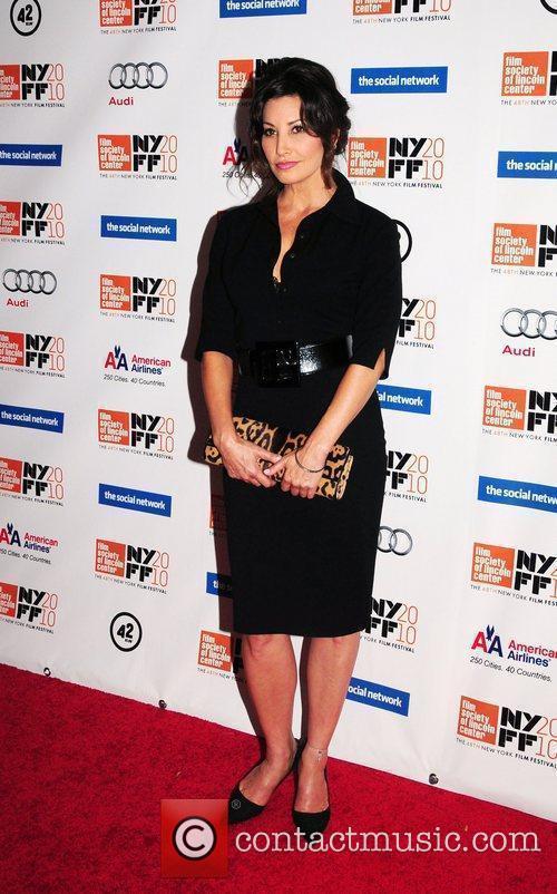 Gina Gershon 8