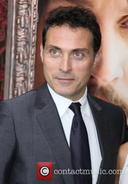 Rufus Sewell 9