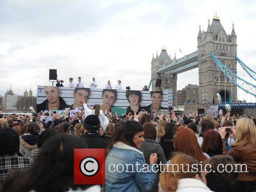 The Wanted perform a free concert to celebrate...