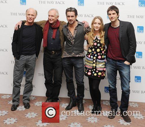 Ed Harris, Colin Farrell, Jim Sturgess, Peter Weir and Saoirse Ronan 6