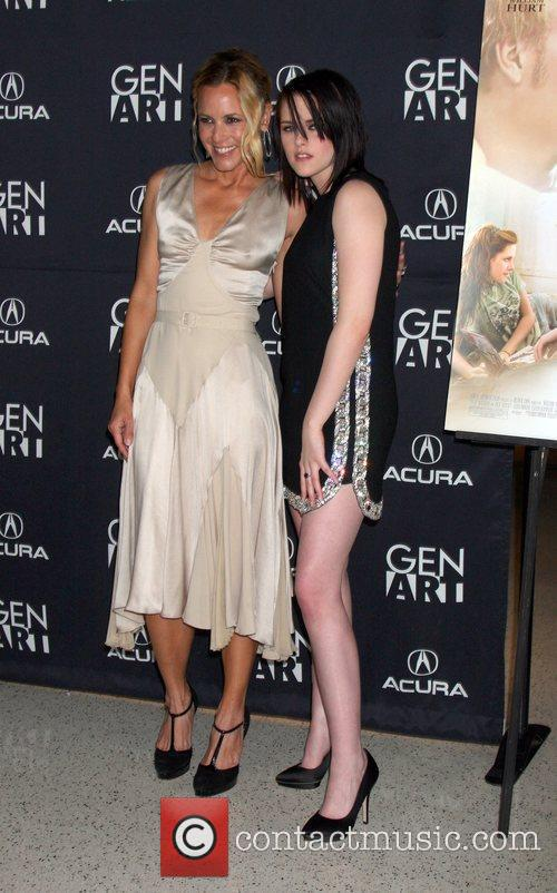Maria Bello and Kristen Stewart 'The Yellow Handkerchief'...