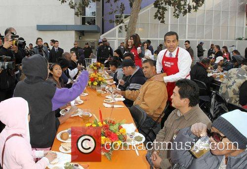Anne and Kirk Douglas Center host a Thanksgiving...