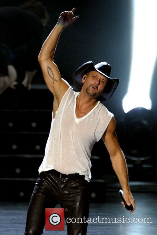 Tim McGraw 40
