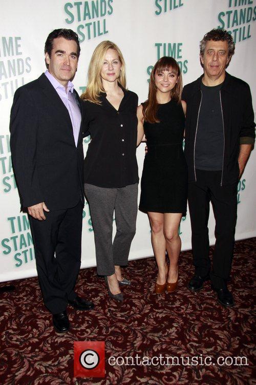 Laura Linney, Christina Ricci and Eric Bogosian 9