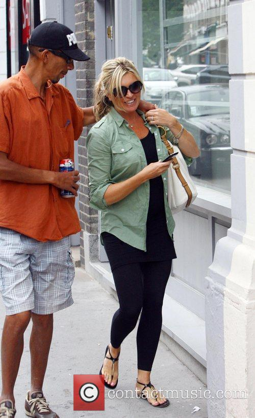 Tina Hobley after having lunch with friends at...
