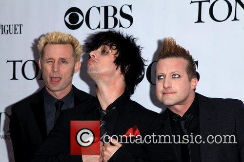 Mike Dirnt, Billie Joe Armstrong and Green Day 1