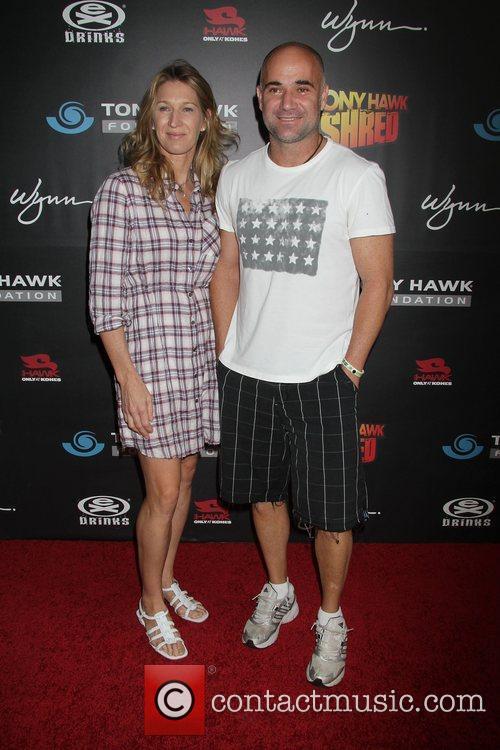 Steffi Graf, Andre Agassi Tony Hawk: Shred presents...