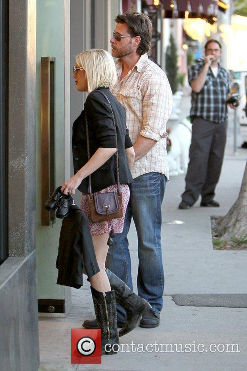 Dean McDermott and Tori Spelling 12