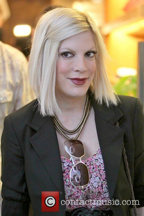 Tori Spelling filming for her reality show 'Tori...