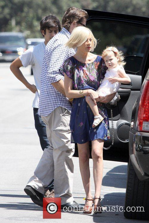 Dean Mcdermott, All Saints and Tori Spelling 4