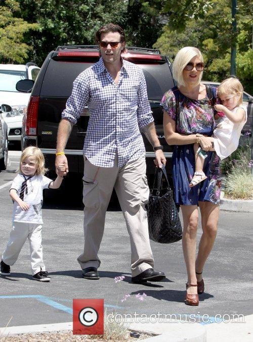 Tori Spelling goes to All Saints Episcopal Church...