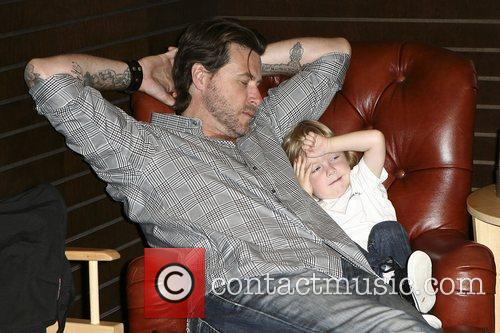Dean Mcdermott and Son Liam Mcdermott 6
