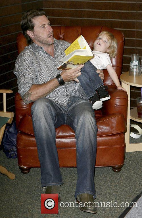Dean Mcdermott and Son Liam Mcdermott 4