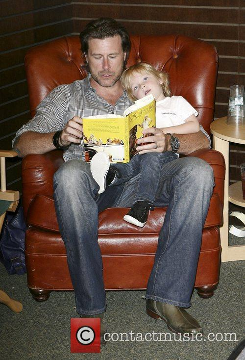 Dean Mcdermott and Son Liam Mcdermott 5
