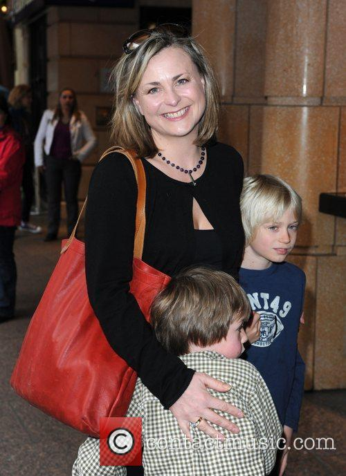 Philippa Forrester and her children The 'How to...