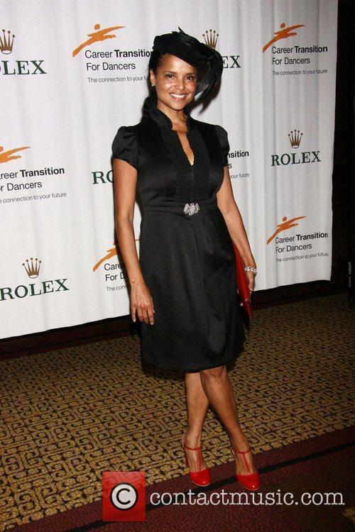 Victoria Rowell 2
