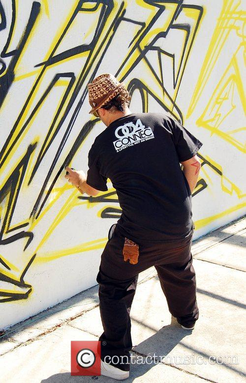 World Famous graffiti artists participate in Scion Trilogy...