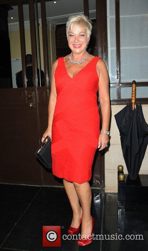 Denise Welch TV Choice Awards 2010 - outside...