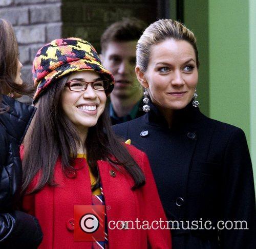 America Ferrera and Becki Newton 1