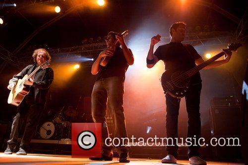 Portuguese Band 'uhf' 5