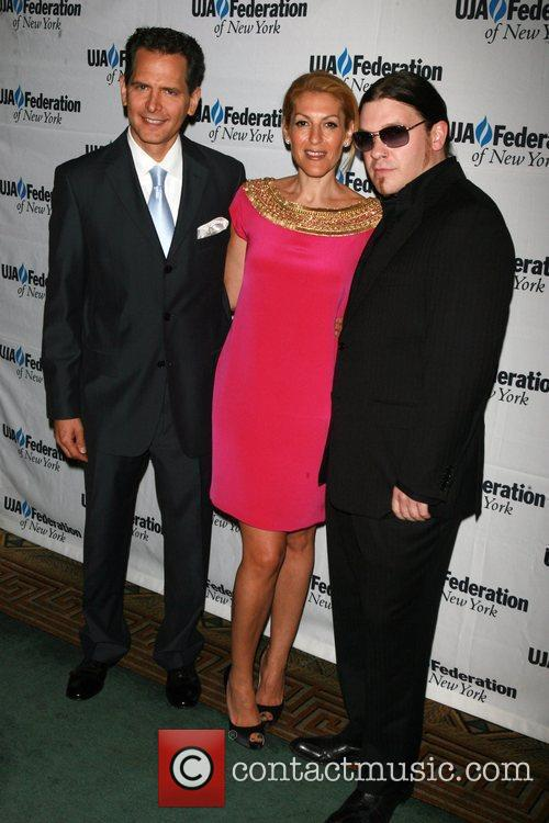 Craig Kallman, Julie Greenwald and Brent Smith