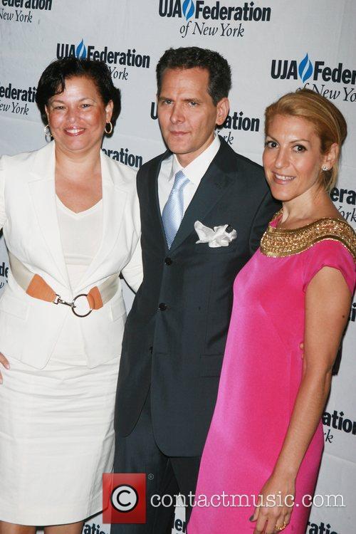 Debra Lee, Craig Kallman and Julie Greenwald UJA-Federation's...