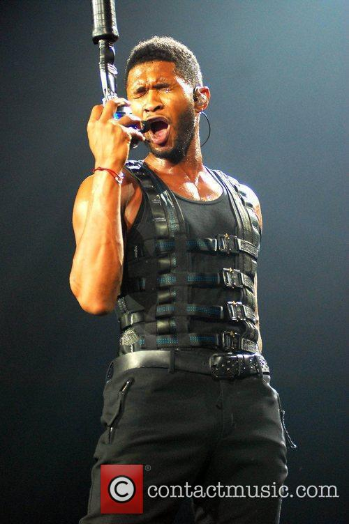 Usher  performs live at the Allstate Arena...