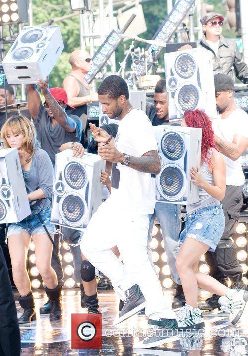Usher and Cbs 3